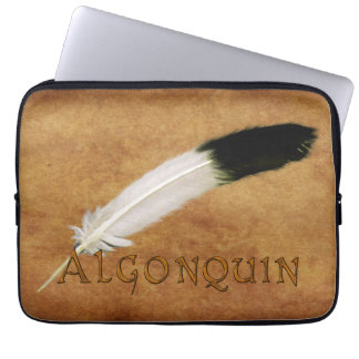 ALGONQUIN Native American Feather Laptop Sleeve