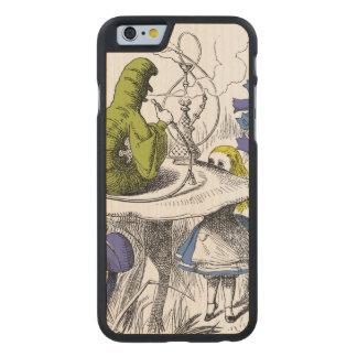 Alice au pays des merveilles coque carved® iPhone 6 en érable