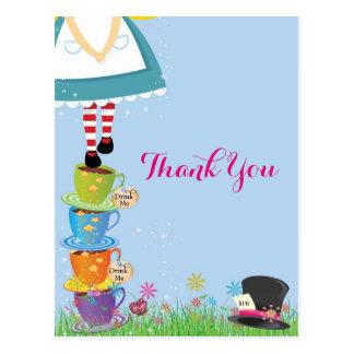 Alice dans des cartes de Merci du pays des Cartes Postales