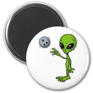 Alien Bowler 2 Inch Round Magnet
