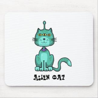 Alien cat mouse pad