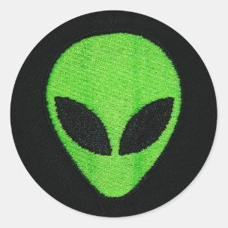 Alien face (stickers) round sticker