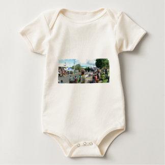alien in the crowd baby bodysuit