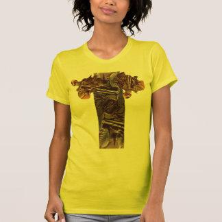 Alien junk beauty puzzle pieces t-shirt