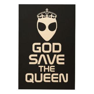 Alien Queen Wood Print