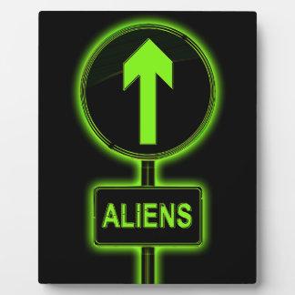 Aliens concept. plaque