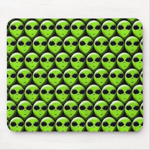 aliens mousepads