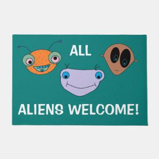 ALL ALIENS WELCOME Cute Smiley Aliens Design FUN Doormat