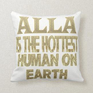 Alla Pillow