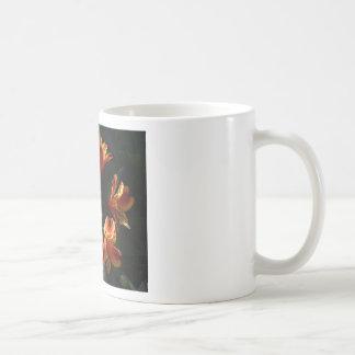 alstroemère coffee mug