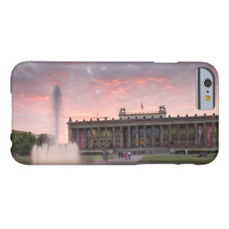 Altes Museum and Lustgarten in Berlin Barely There iPhone 6 Case