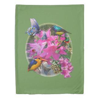 Amaryllis-flower Garden meeting Duvet Cover