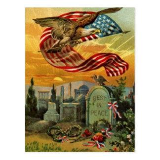 American Art Vintage Memorial Day Postcard