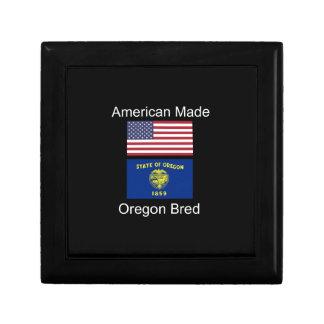 """American Born..Oregon Bred"" Flags and Patriotism Keepsake Box"