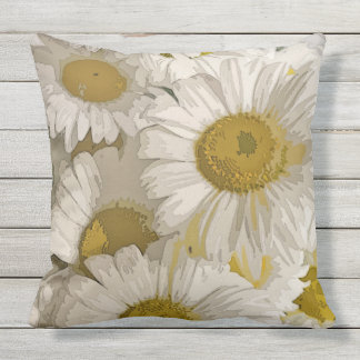 American Daisies Summer Floral Design Throw Pillow