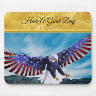 American flag Eagle flying in the sky gold foil Mouse Pad
