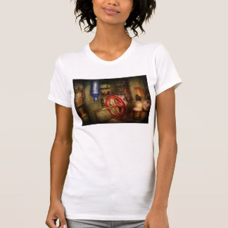 Americana - Store - Everything is for sale T-Shirt
