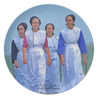 Amish Girls Party Plate