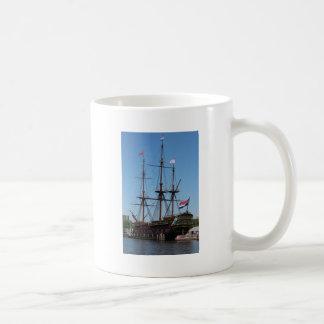 Amsterdam wooden sail ship VOC - Range Coffee Mug