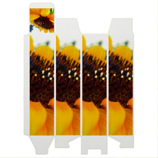 An Angled Sunflower Wine Gift Box