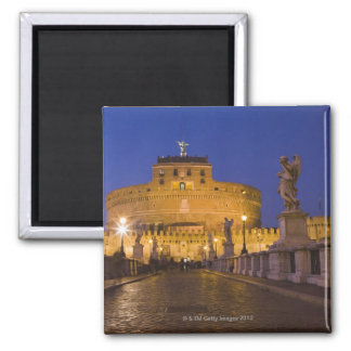 Angel statues on the Ponte Sant'Angelo with the Square Magnet