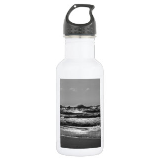 Angry Lake Michigan Grayscale 532 Ml Water Bottle