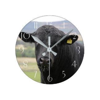 Angus black beef bull round clock