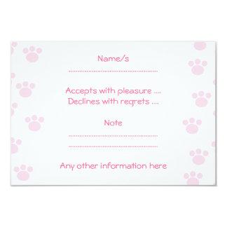 "Animal Paw Print. Light Pink and White Pattern. 3.5"" X 5"" Invitation Card"