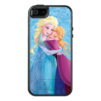Anna and Elsa | Hugging OtterBox iPhone 5/5s/SE Case