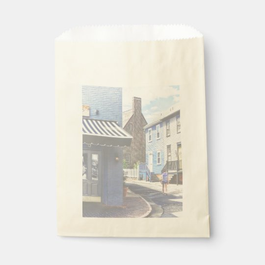 Annapolis MD - Strolling Along Pinkney Street Favour Bag