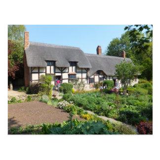 Anne Hathaways Cottage Postcard
