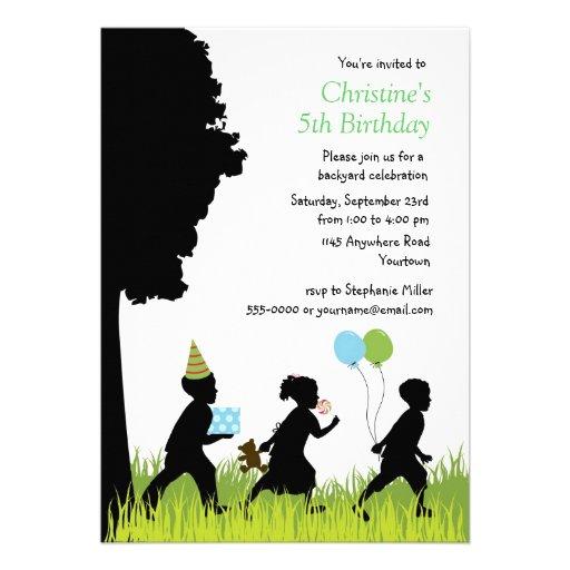 Anniversaire de jardin de la silhouette des enfant faire-part personnalisé
