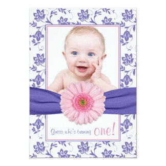 Anniversaire floral de photo de marguerite rose carton d'invitation  12,7 cm x 17,78 cm