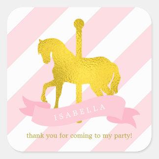 Anniversaire rose de cheval de carrousel sticker carré