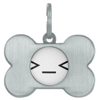 Annoyed / Troubled emoticon >_< Pet Tag