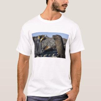 Antarctica, South Georgia Island (UK), King 15 T-Shirt