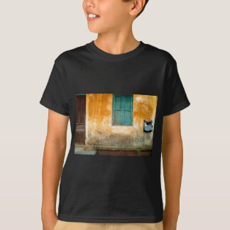 Antique Chinese embankment OF Hoi on in Vietnam T-Shirt