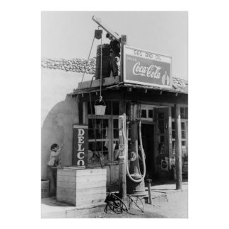 Antique Gas Station: 1940 Poster