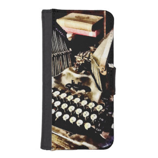 Antique Typewriter Oliver #9 iPhone SE/5/5s Wallet Case