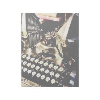 Antique Typewriter Oliver #9 Notepad