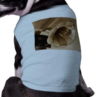 Antique Vintage Gramophone Gifts Music Lovers Pet Tee Shirt