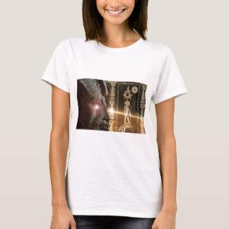 Anunnaki-ra_sun_god_egyptian_masons_nephilim_gods_ T-Shirt