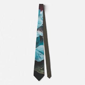 Aqua tie