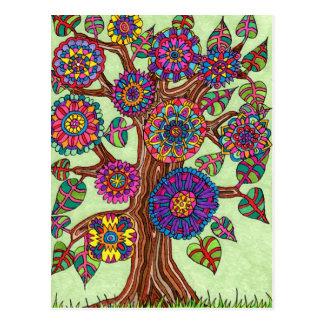 Arbre de la vie brillamment fleurissant carte postale