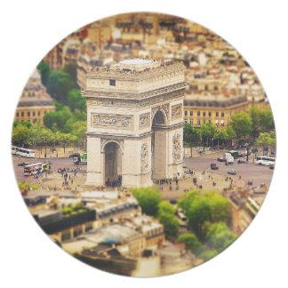 Arc de Triomphe de l'Étoile, Paris, France Plate