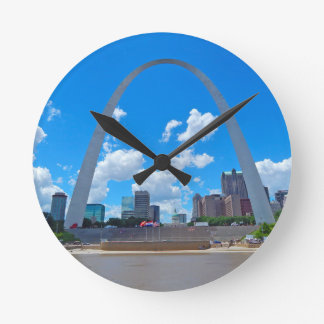 Arch-from-boat Round Clock