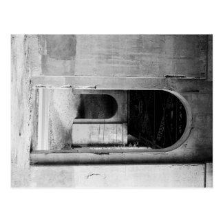 Arches 2 postcard