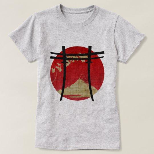 Arco Torii Katana T-Shirt