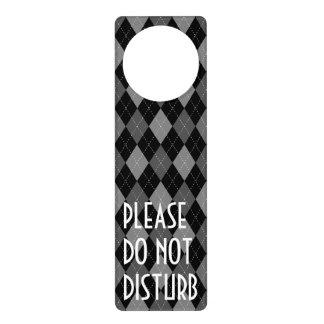 Argyle pattern door hanger   Do not disturb sign