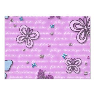 Arrière - plan de flottement de papillons mignons carton d'invitation  13,97 cm x 19,05 cm